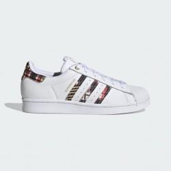 Adidas Superstar Her Studio London H04077